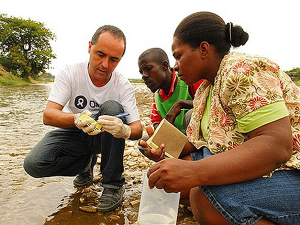 Fighting Cholera With a Smartphone